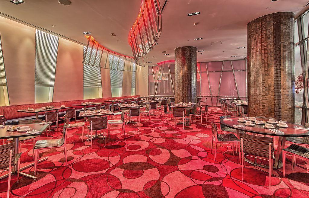 Ещё один ресторан-буфет — Saffron