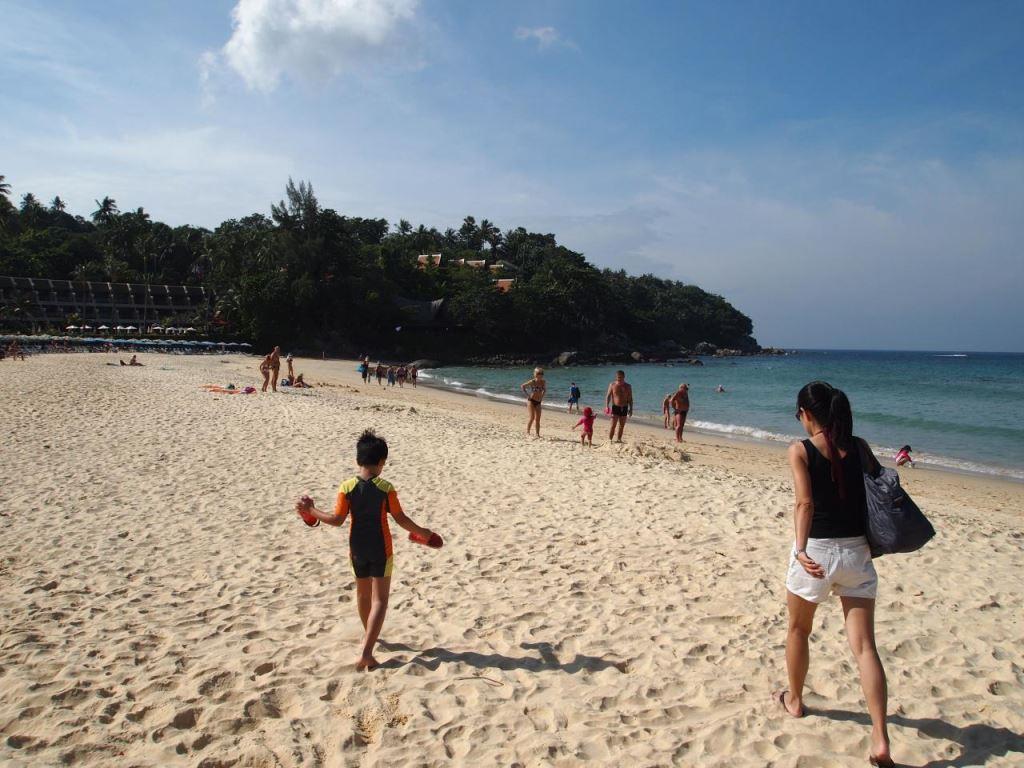 Южная часть пляжа у отеля Beyond Resort 4*
